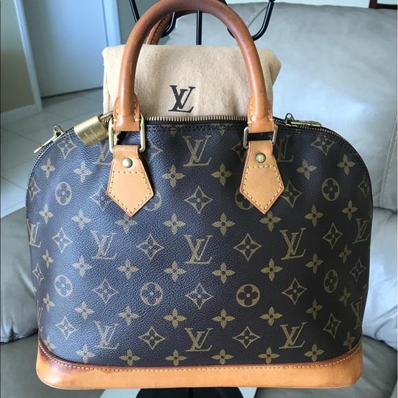 Louis Vuitton Handbags - 🌺Auth Louis Vuitton Alma 🌺🌺🌺🌺🌺🌺🌺🌺🌺🌺🌺🌺